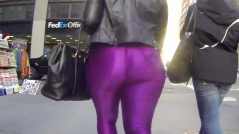 Rear view big ass in tight spandex