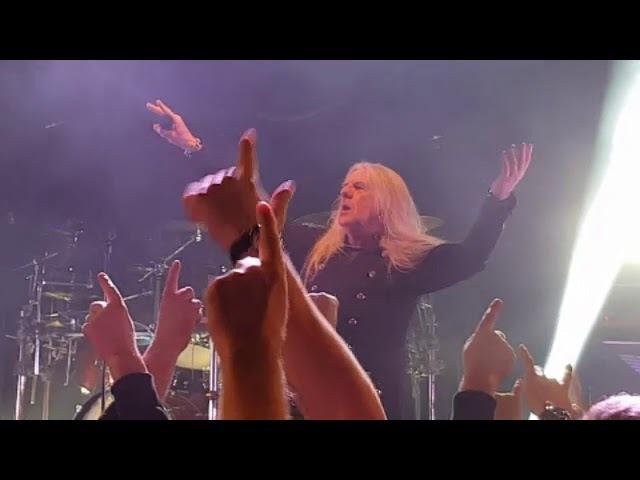 SAXON LIVE IN CARDIFF FEBRUARY 2018