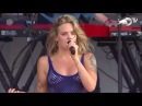 Tove Lo - Habits Stay High Live in Lollapalooza 2017 with lyrics