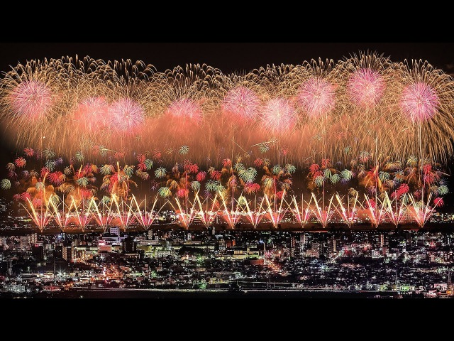 [ 4K Ultra HD ] 長岡花火大会 2017 復興祈願花火 フェニックス - Nagaoka Fireworks Festival 2017 Phoenix - 2017.08.02