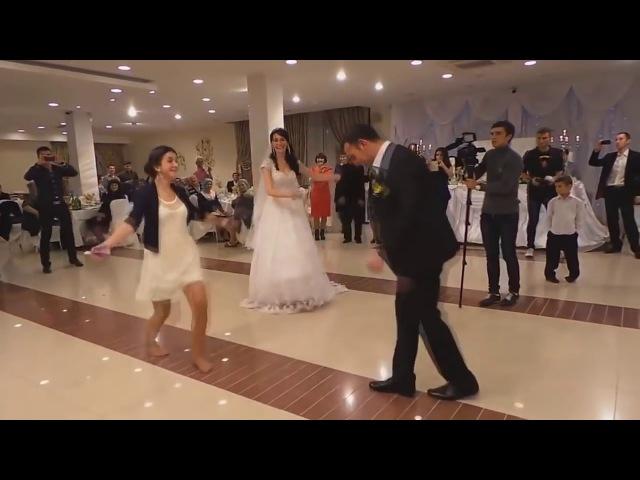 Она подожгла всех своим танцем