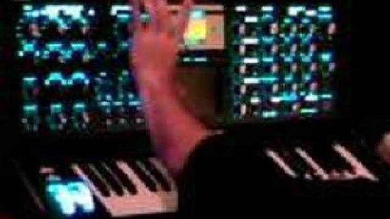 Moog Minimoog Voyager w Mike Black