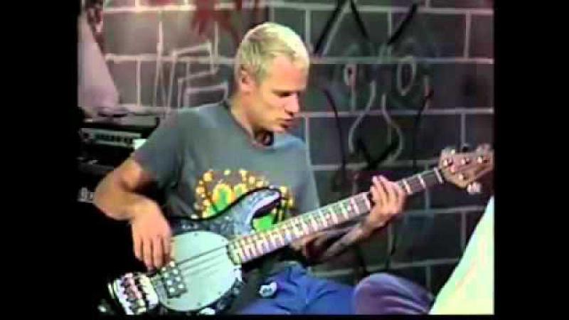 Flea bass solo........RHCP