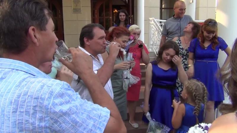 11)Свадьба Ани и Андрея - Пожелания молодожёнам около Загса 19.08.2016 (Нижнекамск)