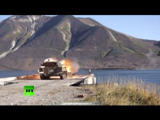 Самые эффектные моменты учений морских пехотинцев на Камчатке