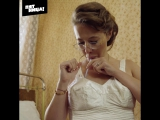 Ксения Собчак тестирует пуш ап из 50-х