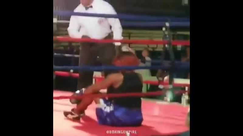 When yr girl a boxing fan need xtra Xmas cash