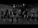 Reggaeton class / Dana Daniela / Model 357