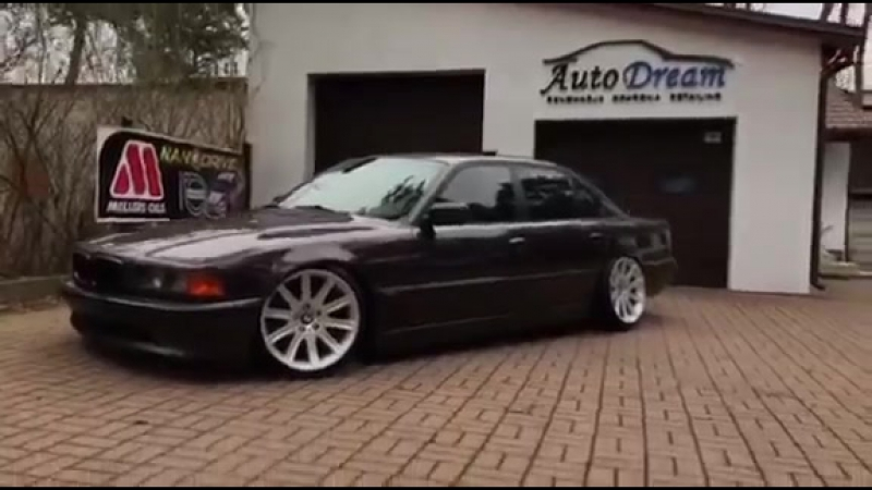BMW E38 od GERMANA 740i BERRY 1