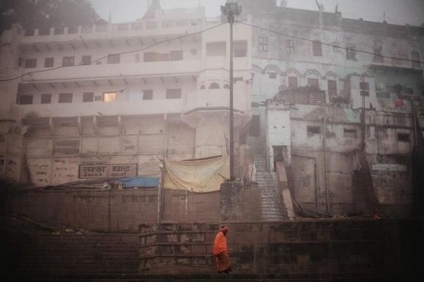 Мрачный индийский город, куда приезжают, чтобы умереть