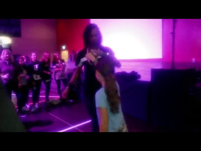 Les Twins - Leuk - Suiss - Laurent dancing with little girl after the show 3 - 122015
