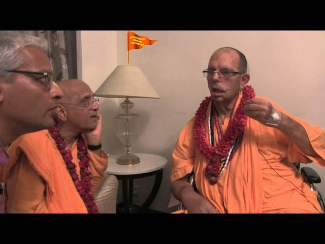 H.H.Bhakti Charu Swami visits H.H. Jayapataka Swami in Kolkata, India.