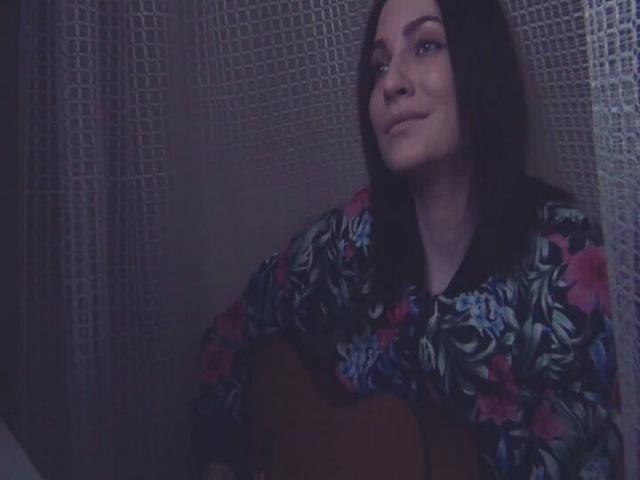"""Sofiya Yatsenko on Instagram: """"Не совсем по времени года я тут запела, но почему-то именно эта песня в моей голове уже вторые сутки👼"""""""