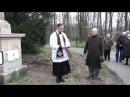 Bénédiction de la plaque à la mémoire de Stofflet par l'abbé Pierre de Maillard
