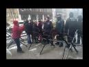 Belgique : Interdite de passage pour le fait de porter une écharpe aux couleurs de la Palestine