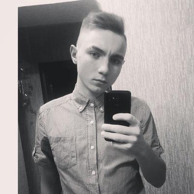 Данил Деев
