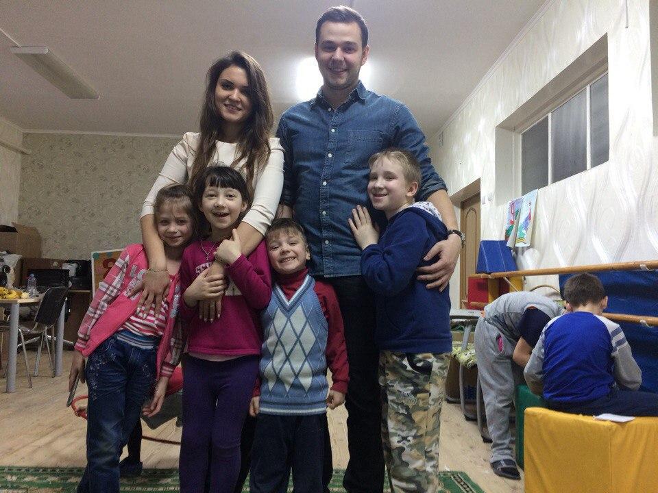 Члены молодежного парламента посетили Кондровский детский дом