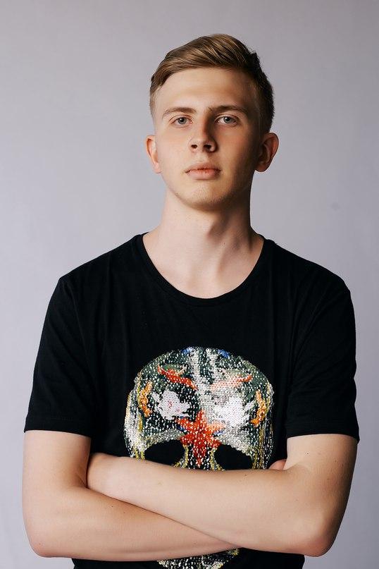 Николай Коновалов |