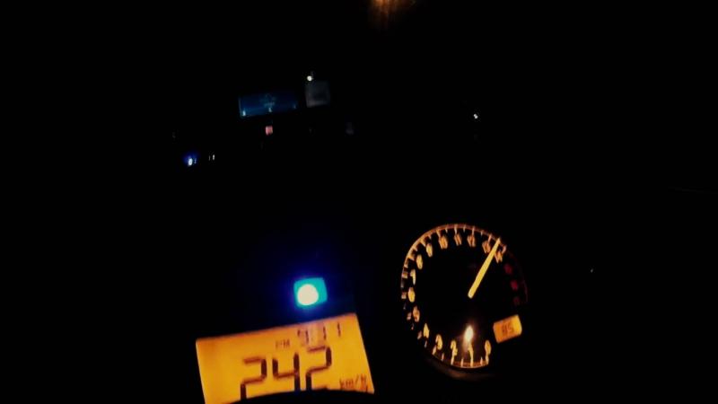 Honda CBR 600 F4i Top speed