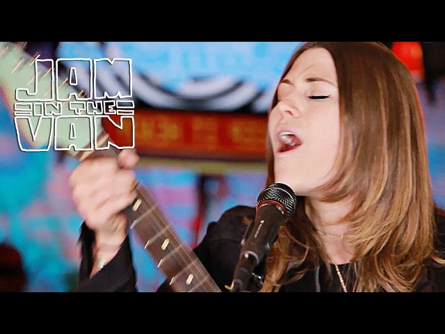 LARKIN POE - Might As Well Be Me (Live at JITV HQ in Los Angeles, CA 2017) JAMINTHEVAN