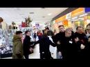 Активисты отхватили от охраны на акции Gloria Jeans в Харькове