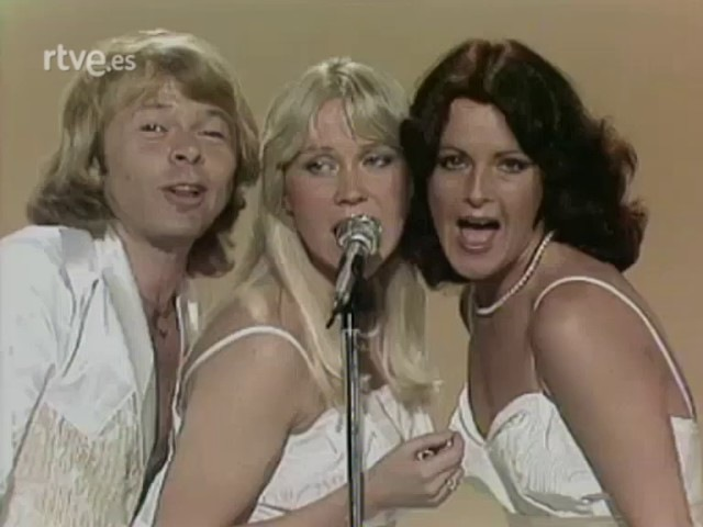 ABBA 300 millones I have a dream Does your mother know Voulez-Vous Chiquitita