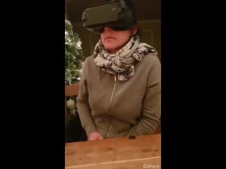 Виртуальная реальность: что делают руки, когда боятся глаза.