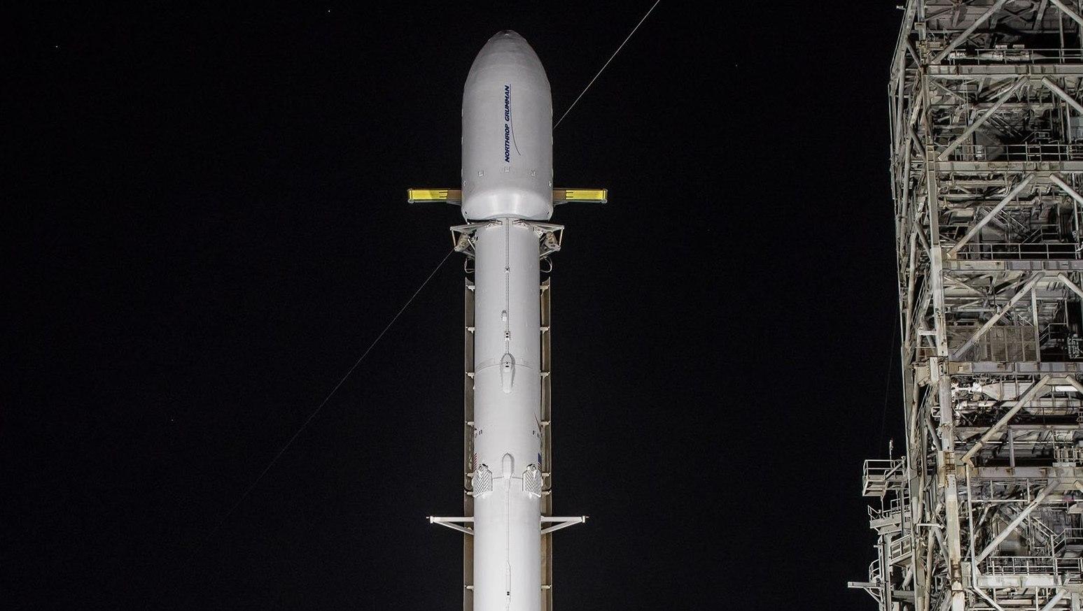 SpaceX перенесла запуск ракеты с мини-спутниками для глобального интернета