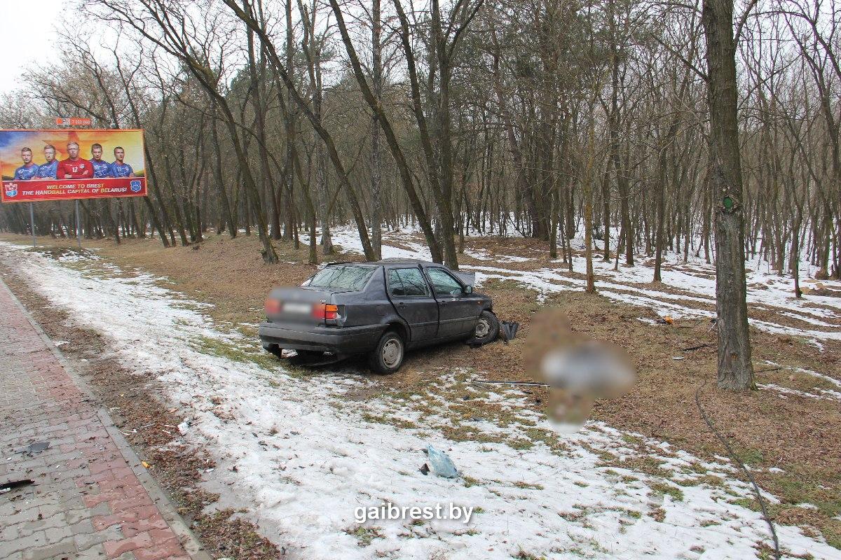 Разбившийся насмерть на въезде в город мужчина был пьян и лишён прав на управление