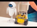 Робот Валли на выставке роботов