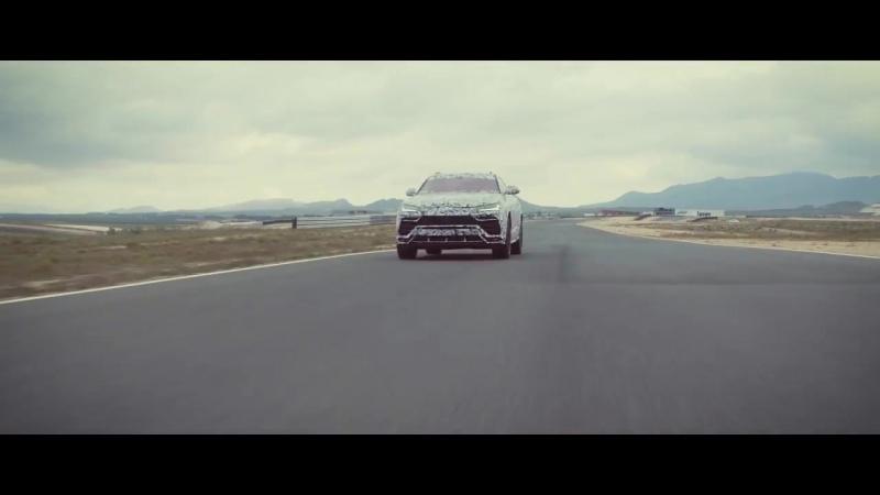 Lamborghini Urus Corsa Driving Mode Active