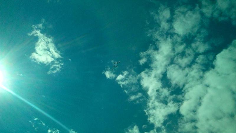 Русские Витязи выше неба, выше солнца и прямо перед ним!