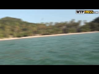 Amateur busty thai teen nude gif