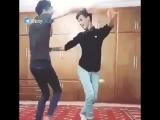Иран и иранцы славятся своей неповторимой культурой. На видео традиционные иранские мужские танцы
