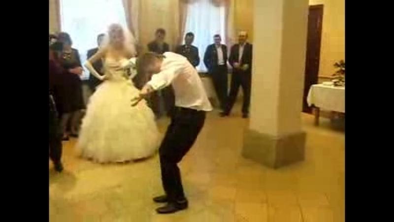 Svadebnyj tanec (uchites kak nado tancevat)