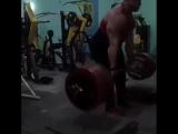 Иван Макаров (Грузия), становая тяга с плинтов 14 см - 350 кг  на 8 раз?