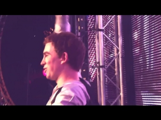 Hardwell live at dirty dutch vs. the world festival / move it 2 the drum