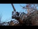 Упал кран на жилой дом в Кирове
