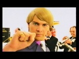 The Mike Flowers Pops - Wonderwall (Official Video)