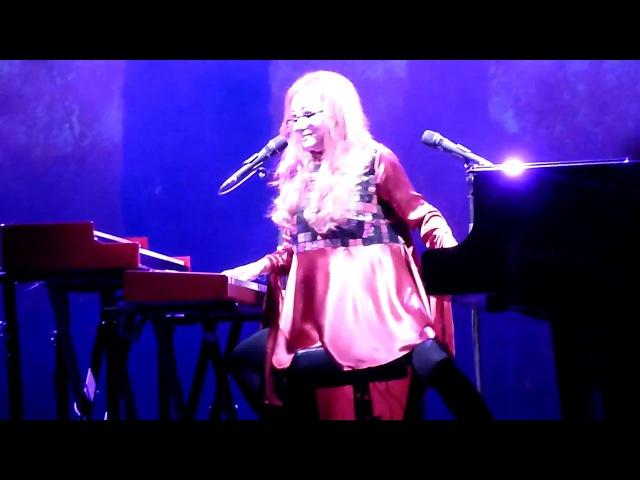 Tori Amos - Butterfly (Teatro Arcimboldi, Milano 2017-09-17)