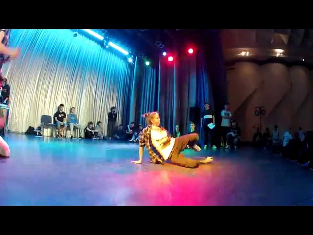 B-girl Ksuha (Neva City B-girls) - Judge Solo on Make It Funky 3
