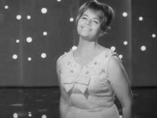 Нина Дорда - Песня не прощается с тобой 1967
