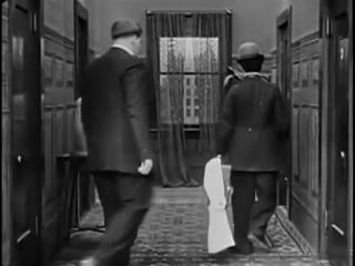 Смотреть Чарли Чаплин. Короткометражные фильмы. Выпуск 1-2 онлайн или скачать
