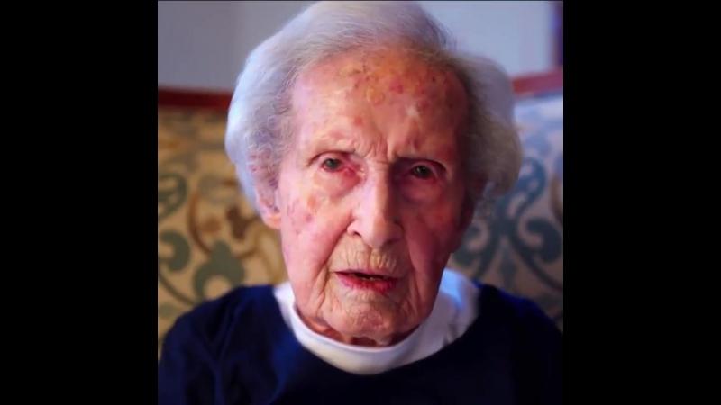 106-year-old @Patriots fan Eleanors favorite player is Tom Brady