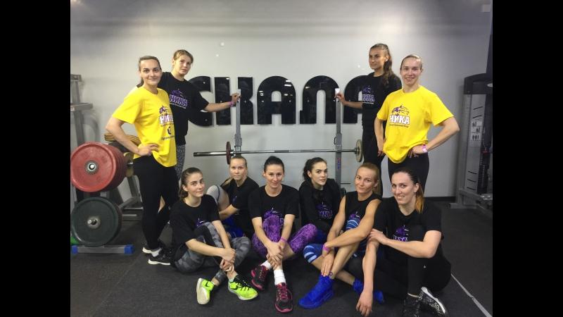 Силовые тренировки баскетбольной команды Ника (Сыктывкар) в Спортивном Центре Скала порвисоперНика мыбудемпервые