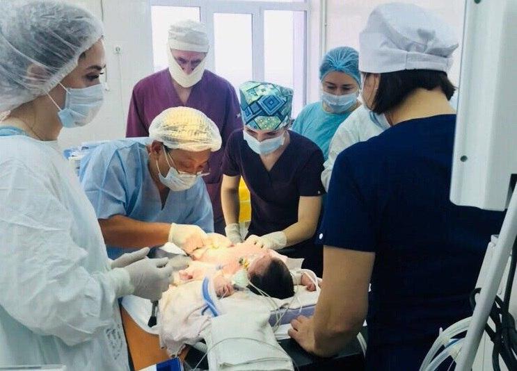Сложнейшая операция новорожденному по удалению сосудистой опухоли проведена в КЧР
