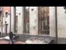 Киев, 18 февраля, 2018 (видео Страна.ЮА)Радикалы ОУН разбили окна в Русском культурном центре в Киеве | Страна.ua
