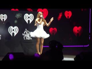 Ariana Grande - Right There