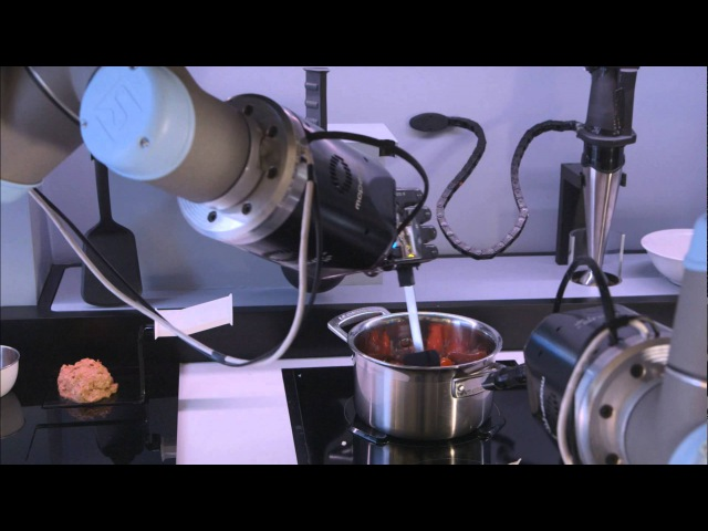 Robot chef, stirs, pours, and changes cooking temperature