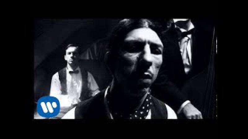 Melendi - Por amarte tanto (Videoclip Oficial)